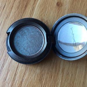 Beautiful Mac eyeshadow